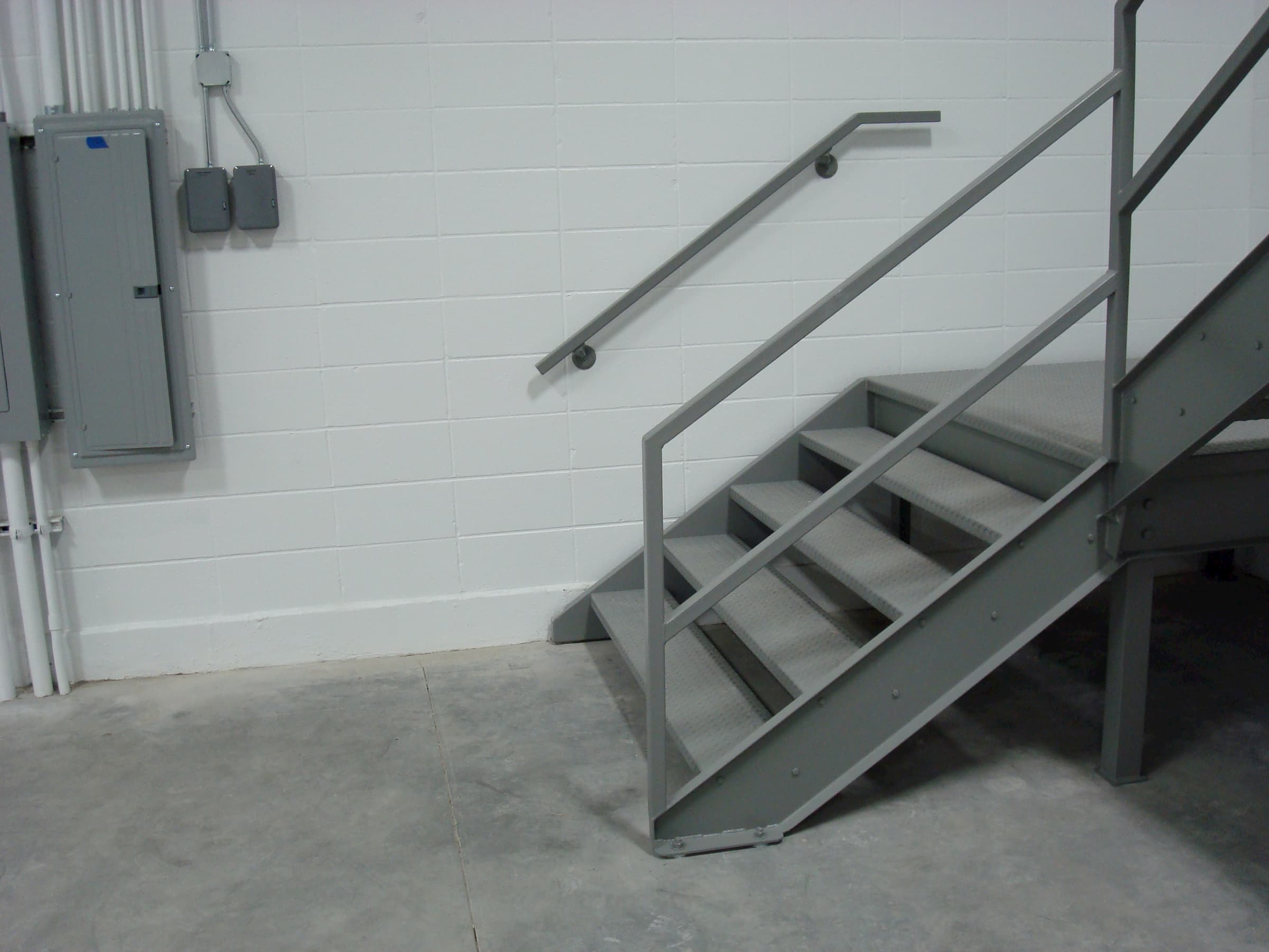 Commercial Stair with Diamond Plate Tread and Open Riser
